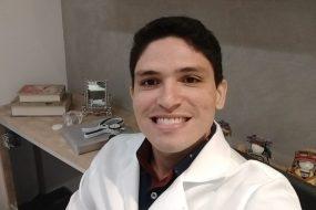 Dr. Lucas Barbosa
